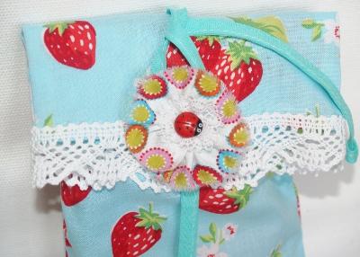 текстильная брошь-пуговица
