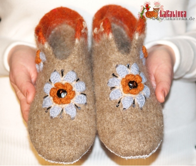 Felted slippers knitting pattern