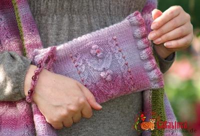 clutch knitting pattern Olga Beckmann