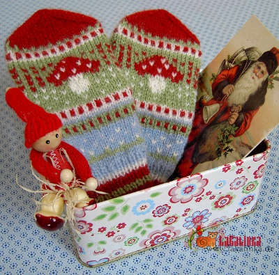 Knitting pattern mittens God Jul design Olga Beckmann