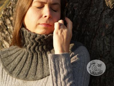 Neckwarmer Severni vitr knitting pattern