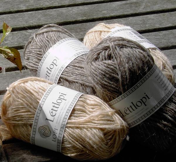 Lett-Lopi yarn